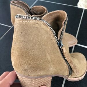 Dolce Vita Shoes - Dolce Vita Booties Size 8
